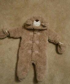 Baby 0-3 bear onesie pramsuit snowsuit