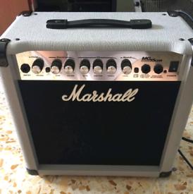 Marshall mg15cdr silver edition