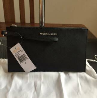 Michael Kors Wristlet Large Jet Set Travel Clutch Black Brand New