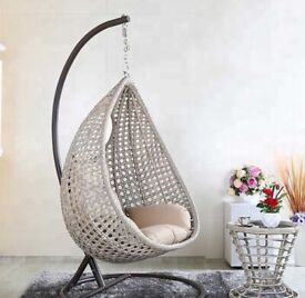 Egg chair for indoors or outdoors