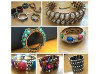 Set of 8 bracelets/Bangles