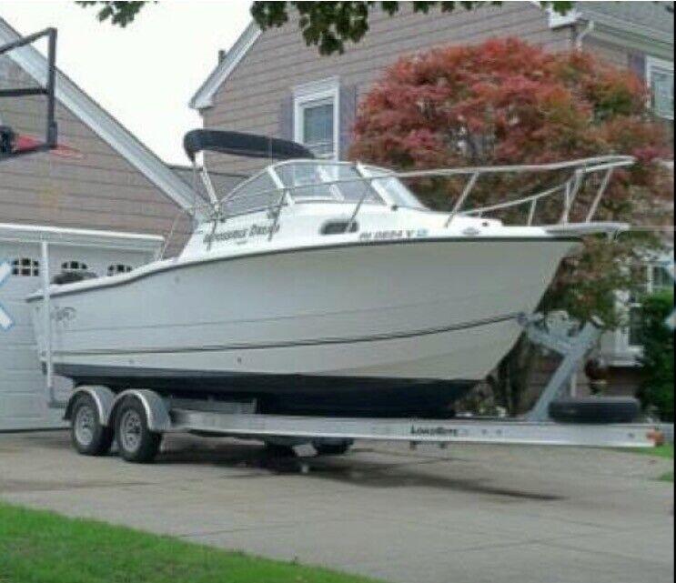 2006 Sea Boss 235 Walk Around Fishing Boat / Motor / Trailer Mercury 225 Optimax