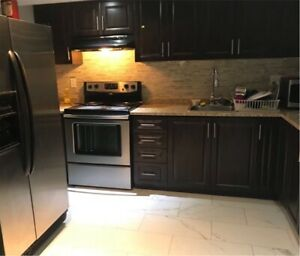 Rooms for rent Available (oshawa N/Taunton Grandview)