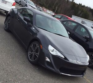 2015 Scion FR-S Coupe (2 door) Auto - $1000 Cashback