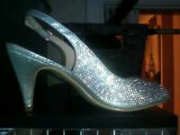 Size 6 sparkly, shiny silver shoes like new