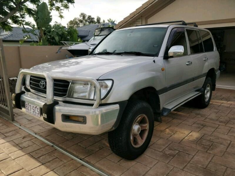 2000 toyota landcruiser automatic 4x4 cars vans utes gumtree australia gold coast north helensvale 1244879017 gumtree