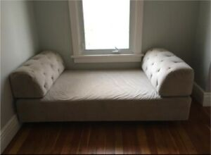 West Elm Daybed - Chaise Tillary
