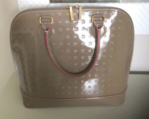 Arcadia Italian Monogram Patent Learher ladies purse