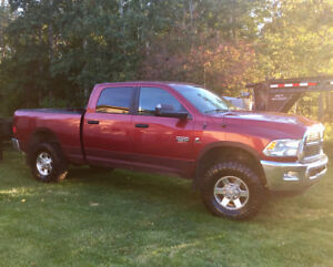2012 Dodge Power Ram 2500 Red Pickup Truck