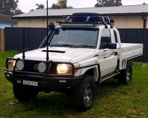 Toyota landcruiser 2014