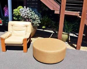 Modern Round Lounge OTTOMAN - near new! Beaconsfield Cardinia Area Preview