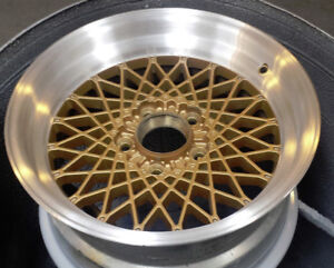 Alloy Wheel Painting - Custom or OEM Paint and Machining