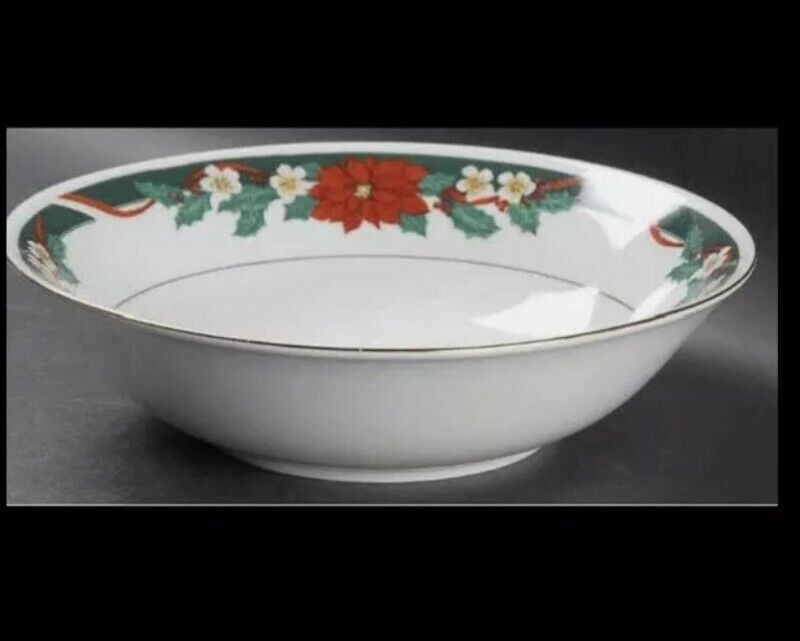 Tienshan Fine China Vegetable Serving Bowl Christmas Deck the Halls Poinsettia