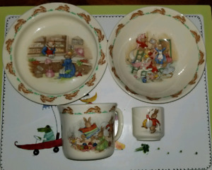 Royal Doulton Bunnykins 4 pieces - Vintage