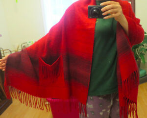 Blanket Scraf with Pockets - Red - Wool