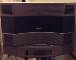 Bose Acoustic Wave music system ll with 5 CD changer