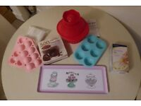Baking Set: Cupcakes, Cake Pops, Tin, Recipe Books, brand new