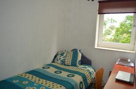 1 bedroom in Gunner Lane, London