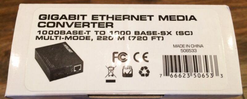Intellinet Gigabit Ethernet Media Converter 506533 - Base-T to SX - Multi-Mode