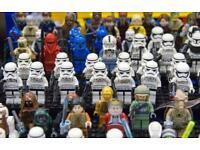 Lego Minifigures. Star Wars. Ninjago. Harry Potter.