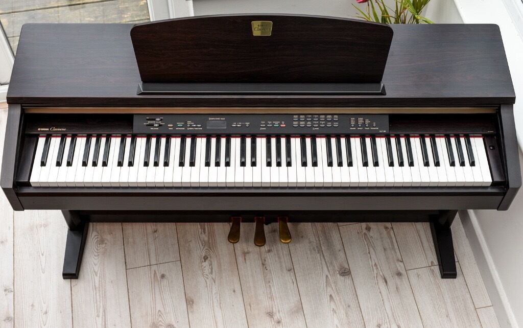 yamaha clavinova digital full piano 88 key ghe weighted keyboard delivery in sandwell west. Black Bedroom Furniture Sets. Home Design Ideas