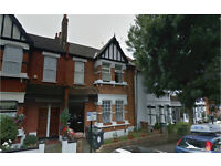 Leyton E10. **AVAIL NOW** Spacious Newly Redecorated 4 Bed Furnished House with Garden on Quiet St