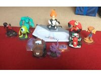 XBox360 Disney infinity figures and portal