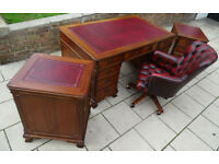 HOME OFFICE SET: LEATHER TOP MAHOGANY DESK, 2xFILING CABINETS+CHESTERFIELD CAPTAINS OFFICE CHAIR