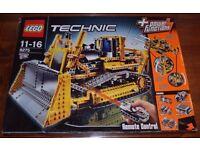 Lego Technic 8275 Remote Controlled Motorized Bulldozer
