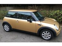 MINI COOPER ONE WITH EXCEPTIONALY LOW MILEAGE EXCELLENT CONDITION MINI COOPER ONE S