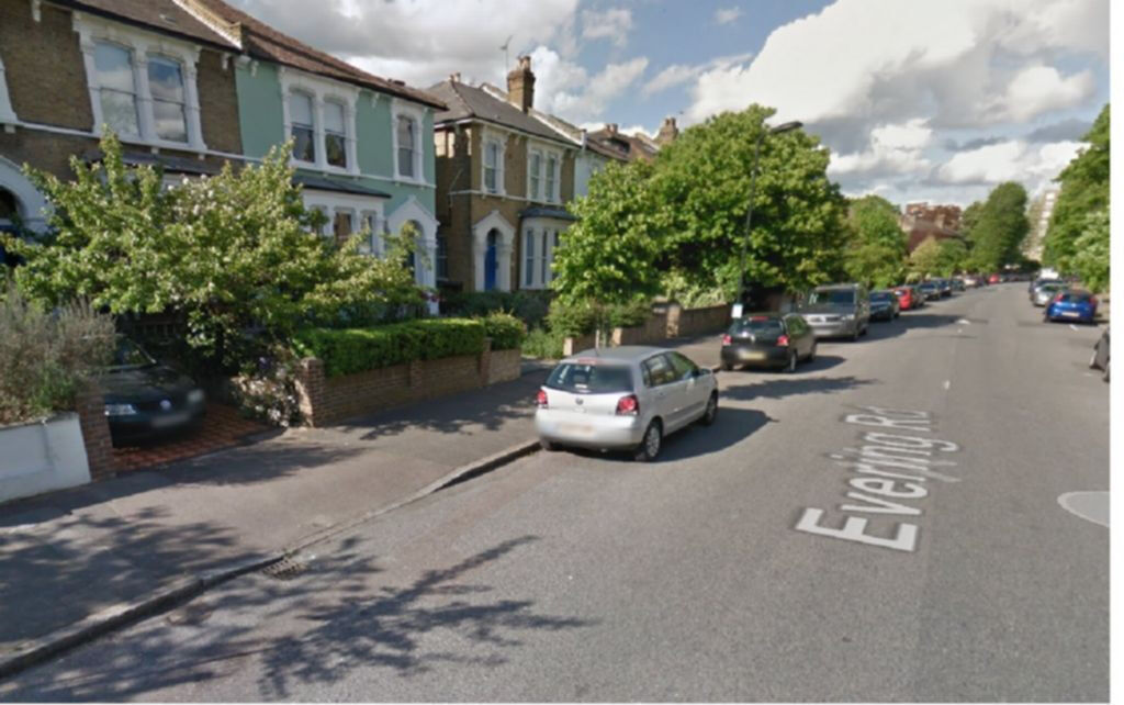 Spacious 4 bedroom House in Clapton**with large reception**No deposit required**