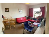 2 Bedroom Top Floor Apartment Available in KT15 2AD