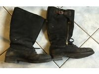 Vintage sheepskin lined motor cycle boots. Size 10