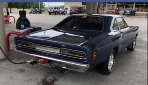 Looking for Coronet parts/cars