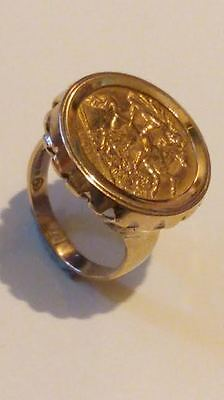 22ct Gold Half Sovereign Coin 1914 King George V in 9ct Gold Ring Mount. Size R*
