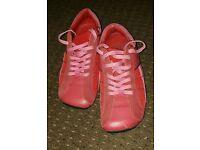 Nice training shoe's