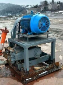 PUMPS 2000 PSI, 70 GPM FOR FIREFIGHTING OR PRESSURE WASHING