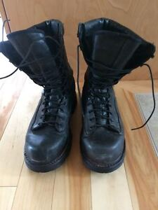 Canadian Gortex Wet Army Boots