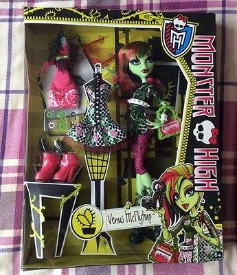 Monster High Venus McFlytrap I Heart Fashion Doll Toys R Us Exclusive *BNIB*