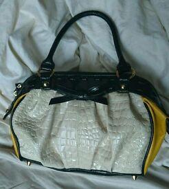 Suzy smith ladies hand bag