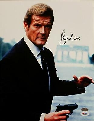 Roger Moore Signed 11X14 Photo  1 James Bond 007 Autograph W  Psa Dna Coa