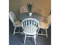 Gorgeous shabby chic pine dining table & chairs
