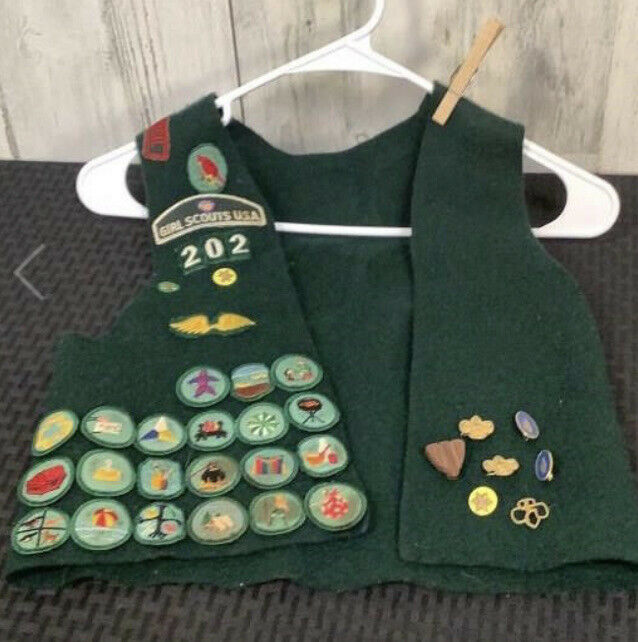1970's Vintage Girl Scout Brownies Pins, Patches, Vest, Original, ELF