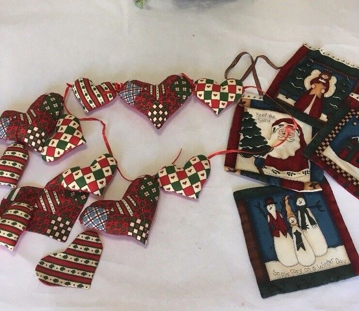 Christmas Fabric Hearts String for Hearth or Wall Hanging/Ch