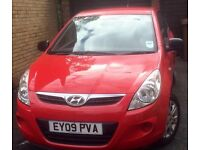 Hyundai I20 VGC, Red, MOT, full dealer service history, one lady owner