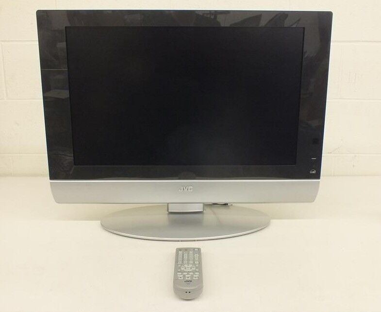 "JVC LT-26WX84 26"" 720p High-Definition LCD Television Complete w/Remote GREAT"