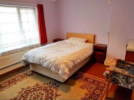 Triple bedroom in Bognor house share- bills included - from 2nd April 2017