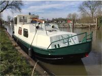 Widebeam Dutch Barge River/Canal Cruiser + optional mooring W London
