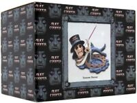 ALICE COOPER FANS LOOK!!!!! novelty items from Spencer Gifts
