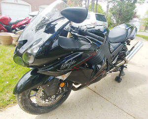 Mint Zx14r - Priced to sell